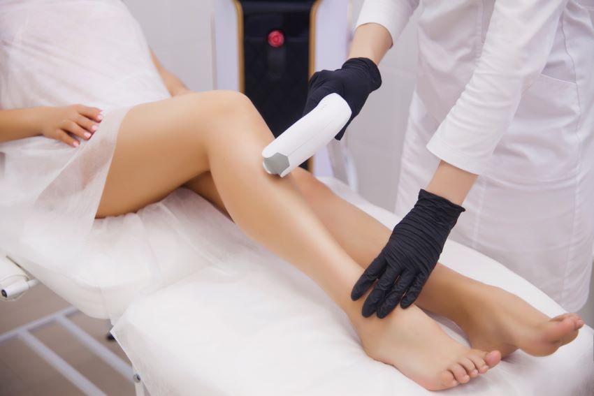 petequias piernas