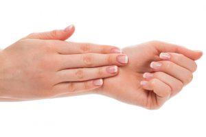 Manos arrugadas: cómo puedes rejuvenecer tus manos