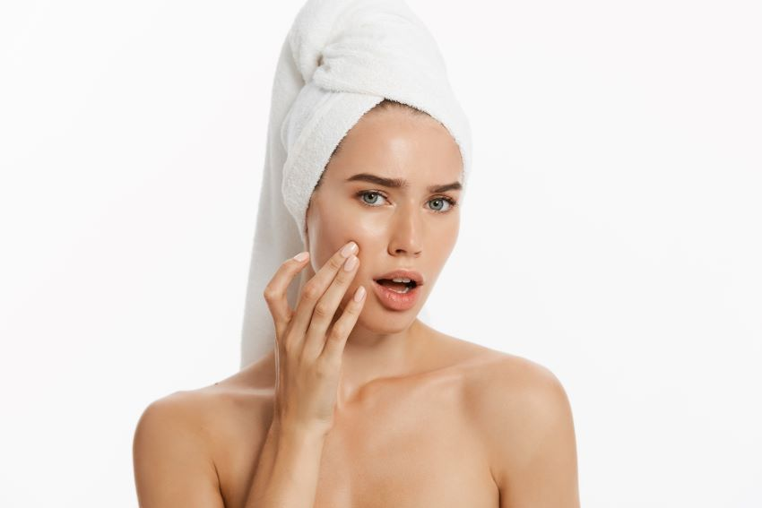 acné premenstrual causas