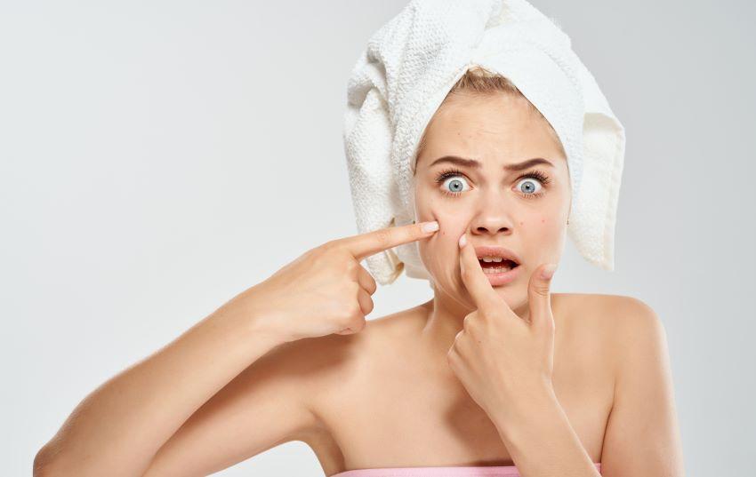 Quistes de milium: ¿qué son esas bolitas blancas que te han salido en el rostro?